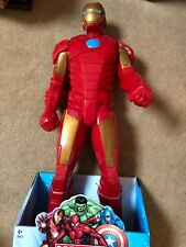 Iron Man 50 cms Figure set