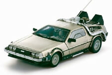 1981 Delorean Back to the Future Part 1 1:18 SunStar 2711