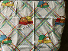 ~Vintage 1978 Garfield TWIN Flat Sheet Fabric