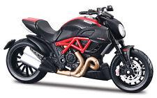 Motorrad Modell 1:12 Ducati Diavel Carbon rot schwarz von Maisto