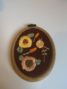3inch Oval Floral Embroidery Wallhanging farmhouse Cottagecore