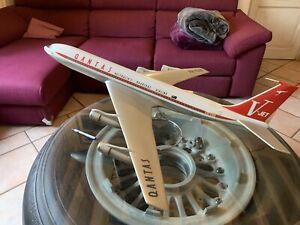 vintage 1/50 QANTAS Boeing 707 SKYLAND Models UK Pacmin With Original Stand