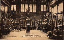 CPA La Benedictine á Fécamp-Laboratoire-Appareils á distiller (269454)