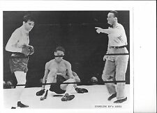 MAX SCHMELING KO's JOE LOUIS 8X10 PHOTO BOXING PICTURE