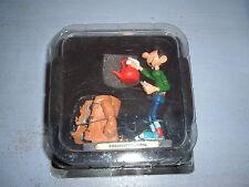 FIGURINE EN RESINE GASTON LAGAFFE PLASTOY 2004 - CHAUFFAGE CENTRAL N°26