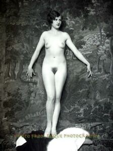 """Nude Woman Auditioning On Stage 8.5x11"""" Photo Print Alfred Cheney Johnston B&W"""