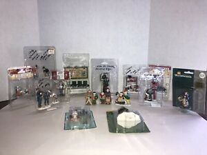 Lemax, Santa's Workshop, Holiday Time, Michaels Lot Village Figurines