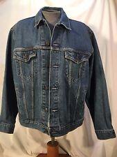 Men's Levi's jean's standard trucker blue denim jacket, unlined, size L, cotton