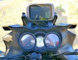 TOMTOM  RIDER GPS MOUNT. V-STROM MOTORCYCLE OVER DASH GPS,PLATE (2004-2012)