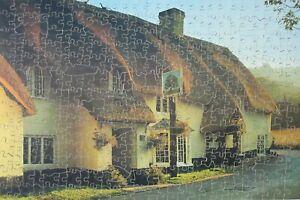 Victory (Artistic) Vintage Wooden Jigsaw - 'Royal Oak Inn'
