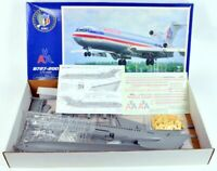KMC 07201 Boeing 727-200 1:72 Bausatz model kit - American Airlines - limited &