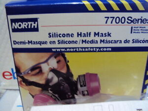 North By Honeywell 7700 Series Half Face Respirator,  Z7700-30L LARGE  READ DES.