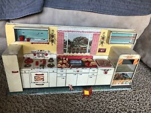 VINTAGE 1950S MARX TOY- MODERN KITCHEN SET