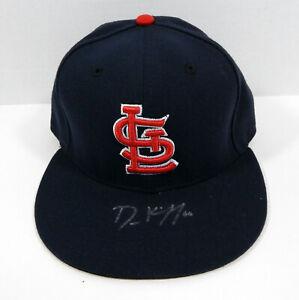 St. Louis Cardinals Dean Kiekhefer #66 Signed Blue Hat Auto 7.125 STLC0561