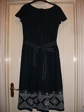 SAVOIR NAVY BLUE COTTON LINEN MIX PRETTY WHITE EMBROIDERY RIBBON BELT TEA DRESS