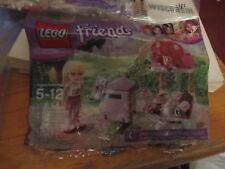 Lego Friends 30105 Stephanie's Valentine Stand & Mail Box SEALED BAG