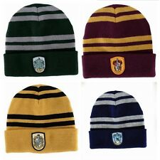 harry potter  cappello con stemma  grifondoro serpeverde tassorosso corvonero