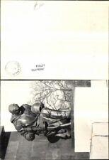 157054,Berlin Verlagsrohabdruck Stalinallee Statue