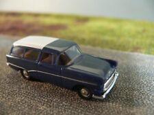 1/87 Brekina Opel Rekord P1 Caravan dunkelblau Dach weiß 20020