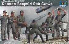 Trumpeter 1/35 Leopold Railroad Gun Crew Set 00406 Factory shrink wrap 8 figures