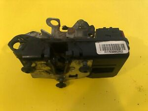 2002 - 2007 SATURN VUE RIGHT FRONT PASS. SIDE DOOR LATCH LOCK ACTUATOR OEM