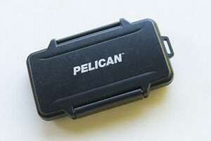 Pelican compact flash card case - holds six cards