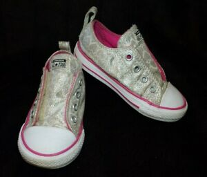 Toddler Girl's Silver Heart Pink Canvas Hook And Loop Sneaker Size 7