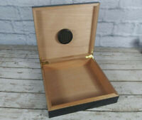 Black Wooden Cigar Box Humidor-20 Cigar Capacity-New