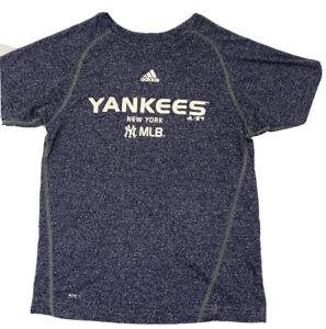 New York Yankees MLB Adidas Climalite T-Shirt M Baseball.