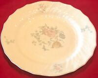 Royal Doulton TC1144 Moselle Valencia Two Dinner & Two Salad Plates England EUC