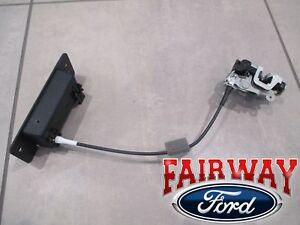 92 thru 18 Econoline E150 E250 E350 OEM Ford Back Rear LH Door Latch w/ Handle