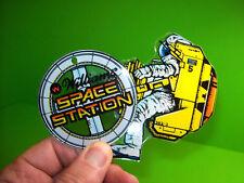 Williams SPACE STATION Original NOS Set Of 2 Pinball Machine Plastic Promo Items