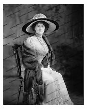 1900-1910s era vintage photo-Woman sitting in chair wearing fur and hat-8x10 in