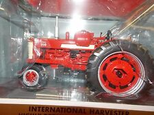 Farmall 350 LP Gas Narrow Front tractor by Spec Cast ZJD1620