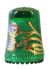 Fingerhut in grünem Kristallglas mit handgemalten Blumendekor in lila/gold-AE731
