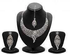 Sukkhi Sleek Rhodium plated AD Stone Necklace Set - 1070VN2150