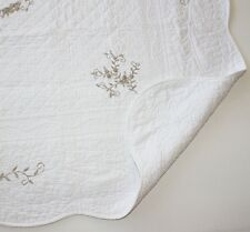 "French Country Throw Quilt Rug Blanket White With Beige Embroidery150cm (59"")sq"