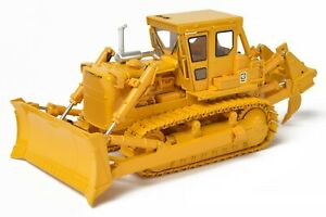 Caterpillar Cat D8K Dozer with S-Blade and Ripper - CCM 1:48 Scale Model New!