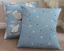 "Seaside Spot, Azul Marino cubierta Cojín 17 x 17 ""de algodón hecho a mano"