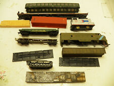 HO SCALE MODEL TRAIN PARTS LOT SHELLS LOCOMOTIVE LOADS ETC....