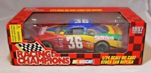 Racing Champions Diecast Replica 1:24 1997 Edition #36 Skittles Derrike Cope