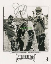 METALLICA SIGNED 10X8 PHOTO, GREAT STUDIO IMAGE, LOOKS GREAT FRAMED