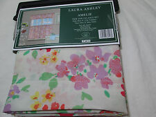 New 3 pieces Laura Ashley AMELIE Kitchen Tier and Valance Window Set - Flower