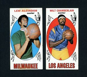 1969-70 Topps Basketball  # 25 Lew Alcindor And # 1 Wilt Chamberlin