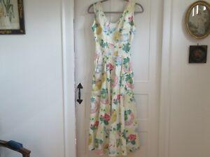 Karen Alexander Maxi Dress 100% Cotton Printed Garden Theme - size 4 Great Cond