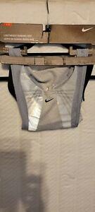New Nike Lightweight Reflective Running Vest Unisex Sz S/M, 80722 Men and Women