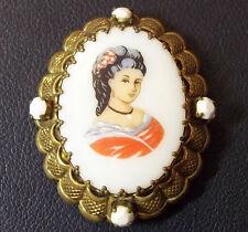 GERMANY ANTIQUE CAMEO BROOCH ART NOUVEAU VICTORIAN LADY DESIGN PORCELAIN, BRONZE