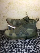 Nike Lebron Soldier XI 11 SFG Olive Green Black Gum Sole 897646-200 SIZE 10.5