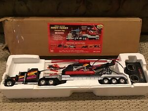 New Bright - Kenworth - RC - Midnite Thunder Transport Rig - Battery Operated