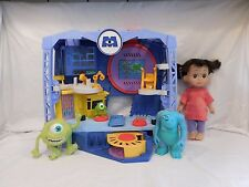 Monsters Inc.Scare Floor Factory Playset Imaginext DISNEY-PIXAR Talking Boo Doll